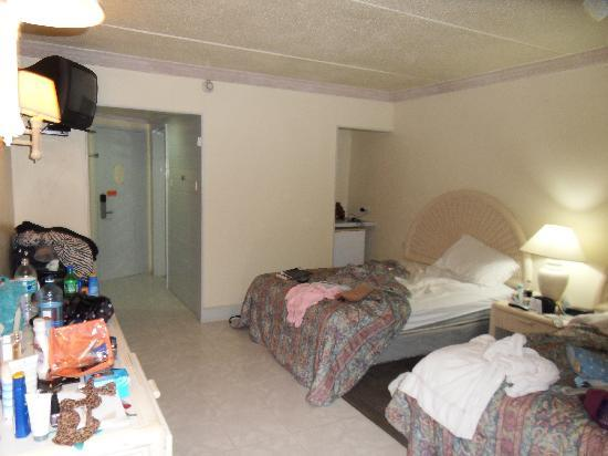 Rooms: Burnt Out Restaurant (Sea Rocks)