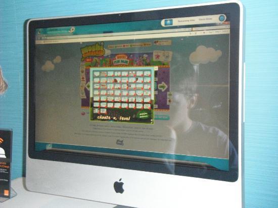 Ibis Styles Nancy Sud : Lobby PC Mac
