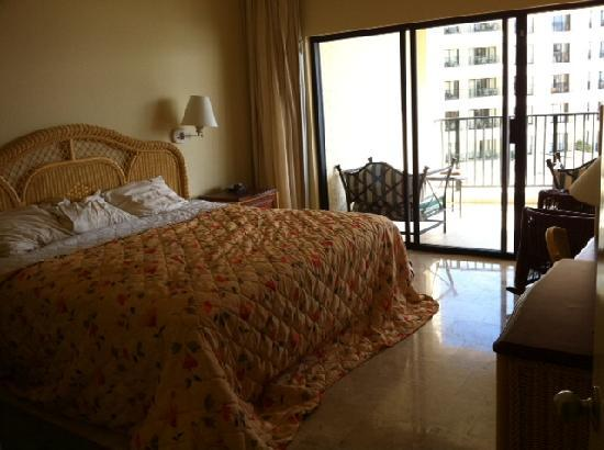 Royal sands hotel pool picture of the royal sands - Cancun 2 bedroom suites all inclusive ...