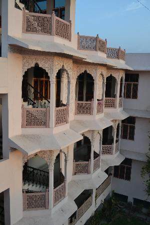 Hotel Karni Niwas: Hotel