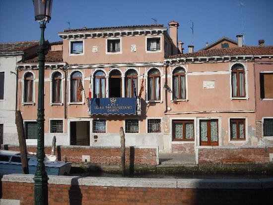 San Sebastiano Garden Hotel: Front View