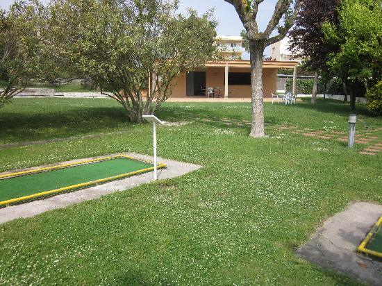 Palamos, Spania: Mini Golf et Tennis de table