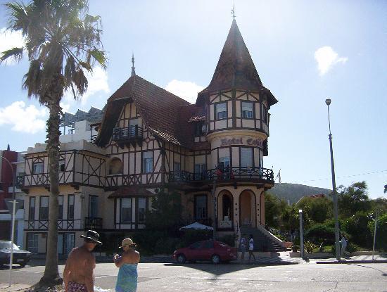 Hotel Colón: fachada del hotel