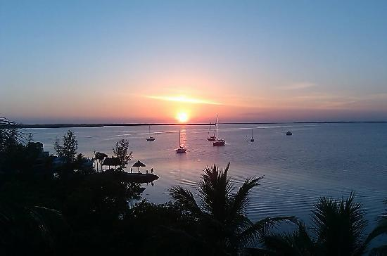 Marriott Key Largo Bay Beach Resort: Sunset from Balcony