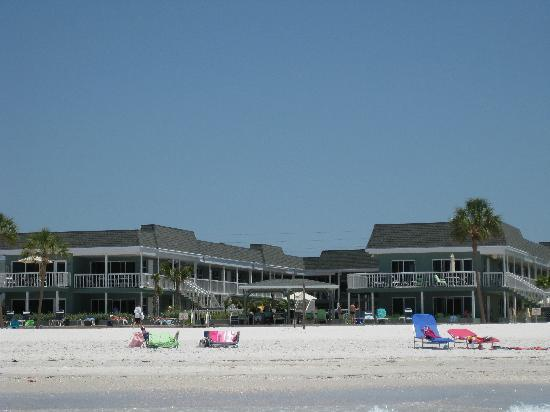 Mariner Beach Club: View of the condo from the water