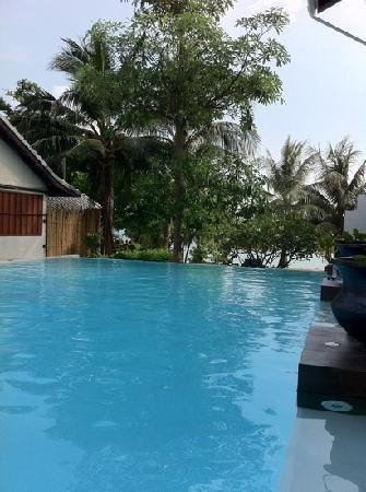 Sarikantang Resort & Spa: the pool