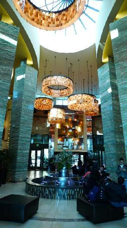 The Fox Tower at Foxwoods: Lobby