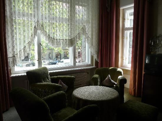 Askanischer Hof: Other side of the room