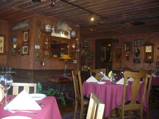 Relics Restaurant : The Gibson Room