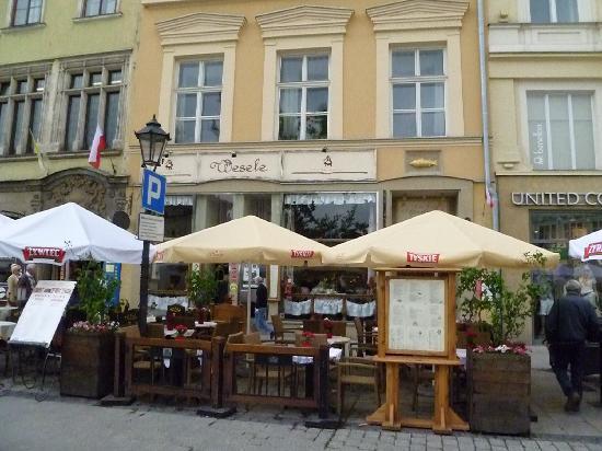 Esterno del locale con tavoli all 39 aperto picture of - Ristorante con tavoli all aperto roma ...