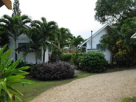 Manea Beach Villas: One bedroom Villas. We had these 2. There are 4 in total.