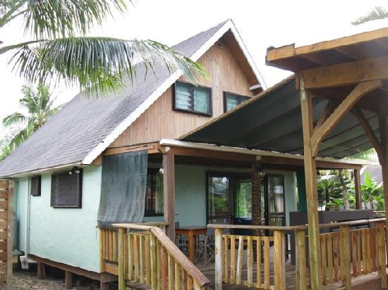 Manea Beach Villas: 3 Bedroom Riverside Villa. This was ours. We had 5 people in here.