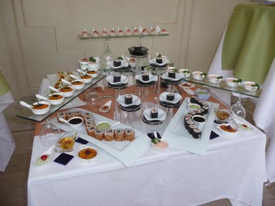 Majesty Club La Mer: Sushis