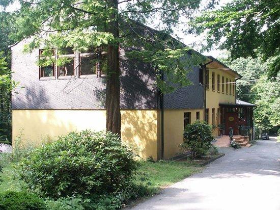 Bildungsstaette Begegnung im Burgholz BiB