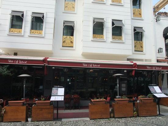Palato Cafe Restaurant: exterior 3
