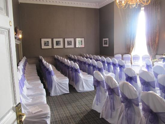 Highfield Park: The room ready for the ceremony