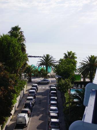 Hotel Bernard: vista laterale dalla camera