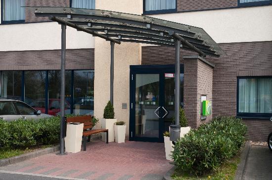 Holiday Inn Express Koln-Mulheim : Eingang