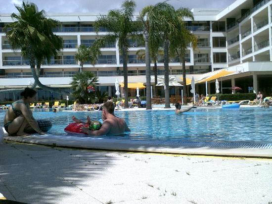 Alto da Colina Aparthotel: Swimming Pool