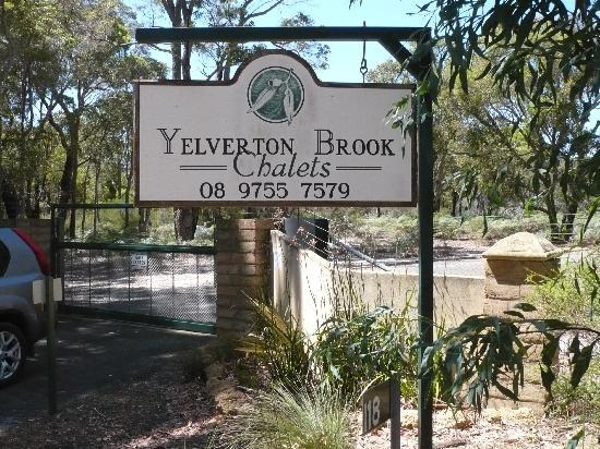 Yelverton Brook Eco Spa Retreat & Conservation Sanctuary: Entrance Signage