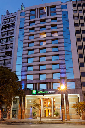 Holiday Inn Express Puerto Madero: Hotel exterior view