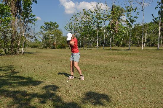 Roaring River Golf Course Accomodation: Fun course!