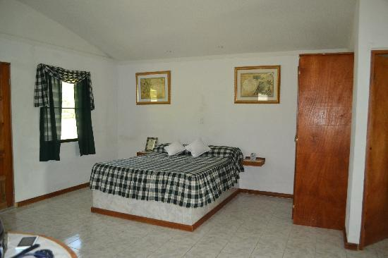 Roaring River Golf Course Accomodation: Comfortable beds
