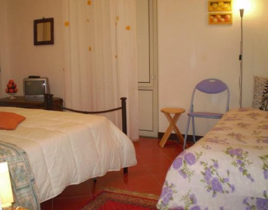 Taormina's Odyssey Guest House and Hostel: avere una camera da Hotel al prezzo di Hostel