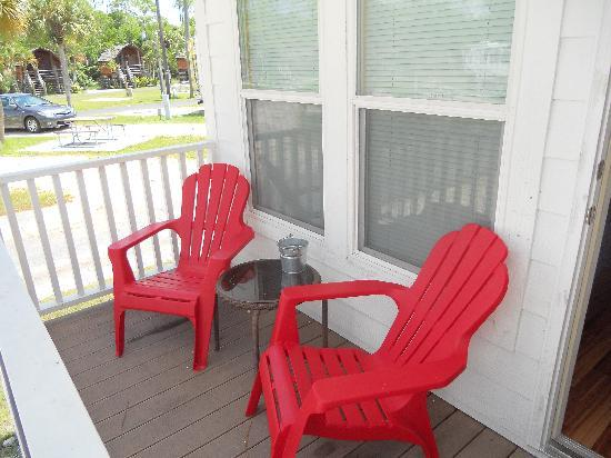 Naples / Marco Island KOA: Sit on the deck !