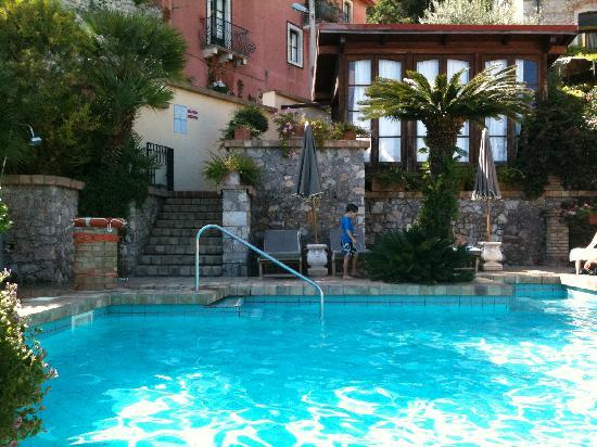 Hotel Villa Ducale: pool at the sister hotel