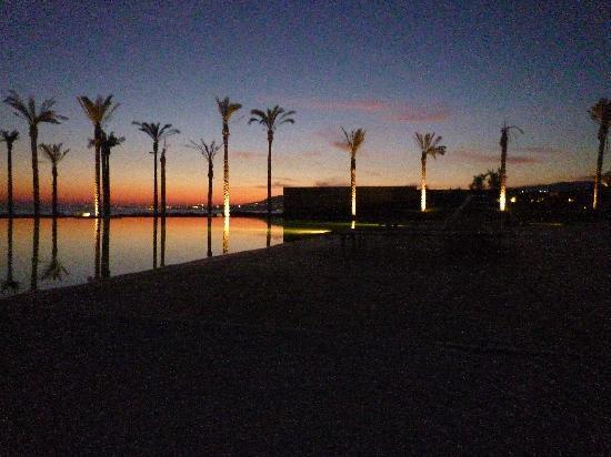 Verdura Resort : Dusk view