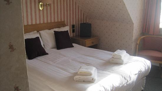West Highland Hotel : hotel room