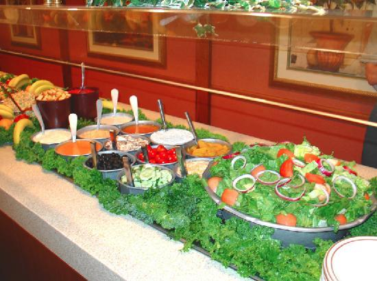Quality Inn Conference Center: Lunch Buffet