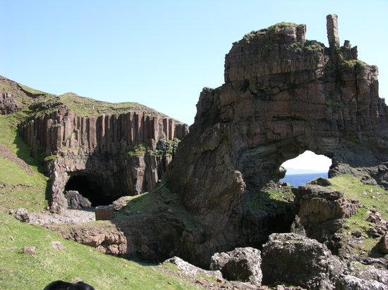 Carsaig Arches: Carsaig Arch No. 2