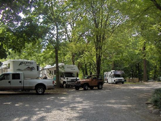 Spend your next short or long term camping trip at a KOA campground! With over locations in North America, KOA has a campsite in your area that offers high quality cabins, RV sites, tent sites and more! Make your reservations online for the camping adventure that best suits your needs today!
