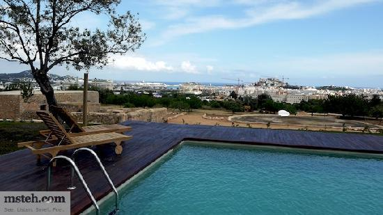 Hotel Rural Es Trull de Can Palau: View of the Ibiza Old Town