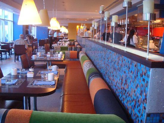 San Juan Marriott Resort & Stellaris Casino: One of two restaurants in the hotel