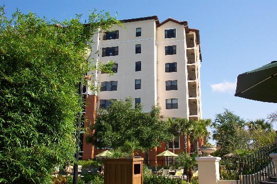 Holiday Inn Club Vacations Orlando - Orange Lake Resort: Ask for the pool veiw River Island