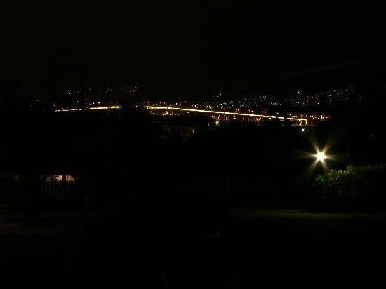 Orana House Bed & Breakfast: Tasman Bridge at Night from B&B