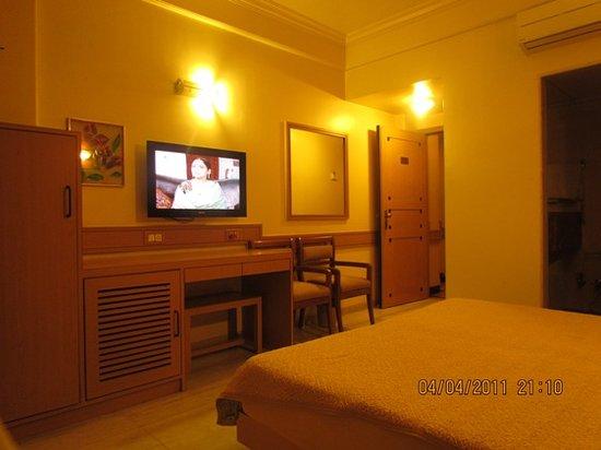 Photo of Midland Hotel Mumbai (Bombay)