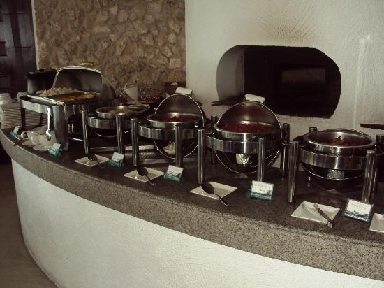 Thunderbird Resorts & Casinos - Poro Point: Breakfast