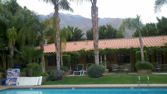 Helios: A shot of the west wing of the resort with the San Jacinto Mountains as a backdrop