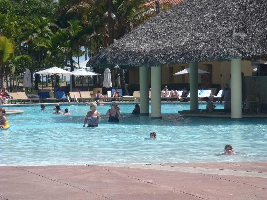VH Gran Ventana Beach Resort: the pool