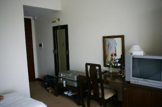 Thang Long Opera Hotel: Мебель 2