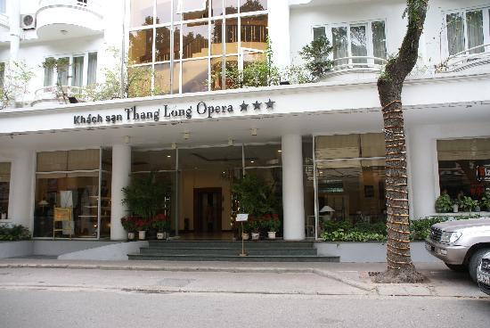 Thang Long Opera Hotel: Вид снаружи