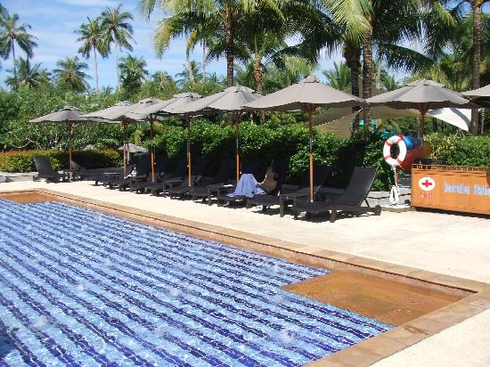 Marriott's Mai Khao Beach - Phuket : ホテルのプール