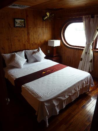 Mekong Eyes Cruise - Mekong One Day Tour : Bedroom Mekong Eyes