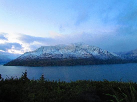 Azur: Morgenstimmung nach leichtem Schneefall