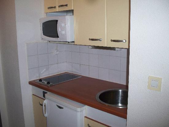 Hotel & Residence Les Medes : La cuisine