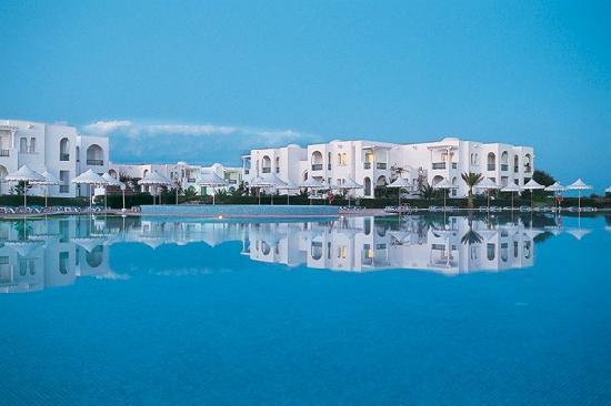 Vincci Helios Beach: grande piscine